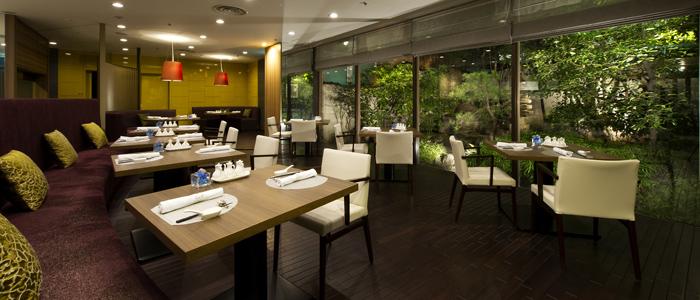 Restaurants & Bar レストラン&バー