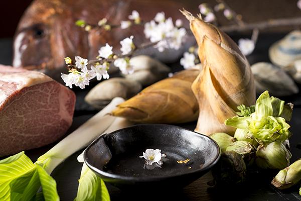 【愛宕ディナー】春の装いディナー〜瀬戸内鯛と黒毛和牛のコース〜