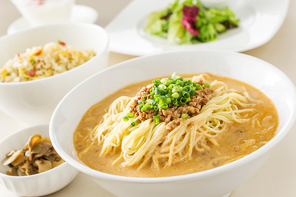 《平日限定》麺・飯セット