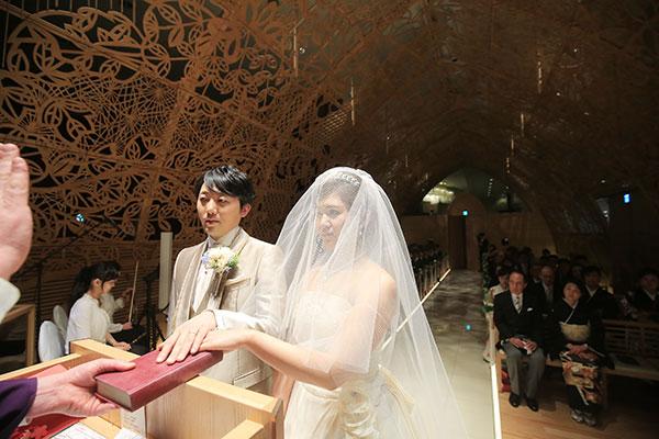二人の理想と想いが詰まった大満足の結婚式
